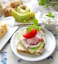 Zdrowe śniadanie seniora